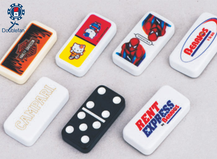 Different Logo Dominoes
